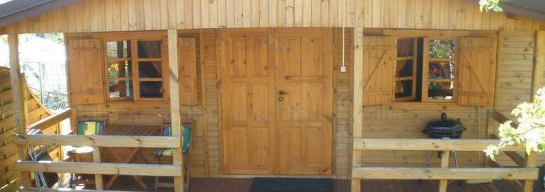 Drewniany domek letniskowy