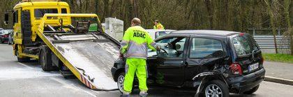 Transport samochodu na lawecie – co warto o tym wiedzieć?